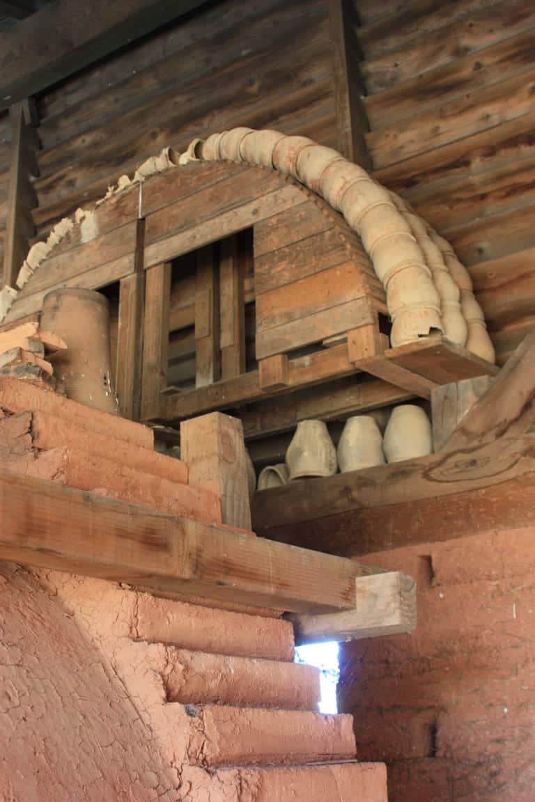 Poteries au musée des potiers Amphoralis